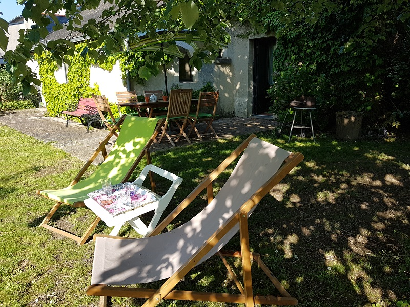 equipements-jardin-location-gite-loire