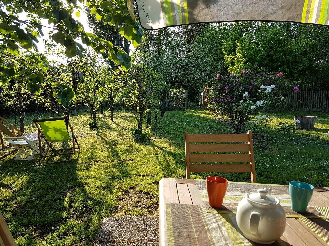 location-gite-jardin-famille-rosiers-sur-loire