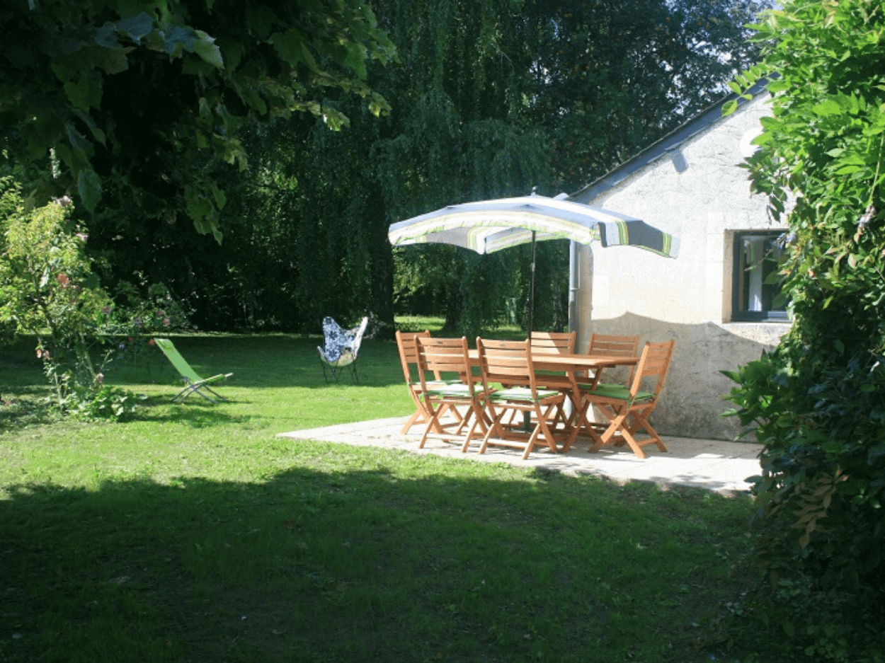 vermietung-ferienhaus-garten-terrasse-saumur-rosiers-sur-loire